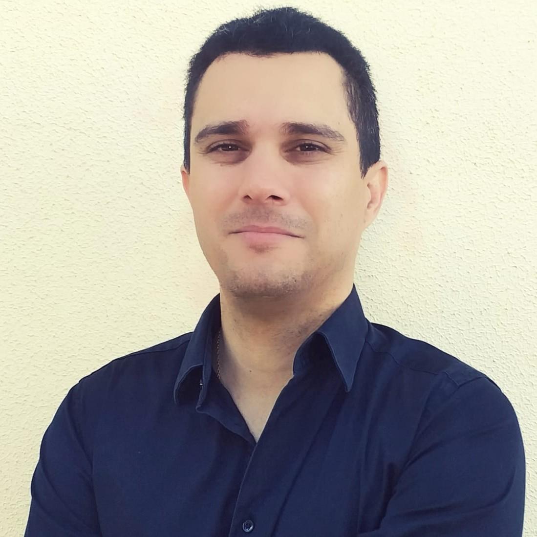 Maurício Antunes